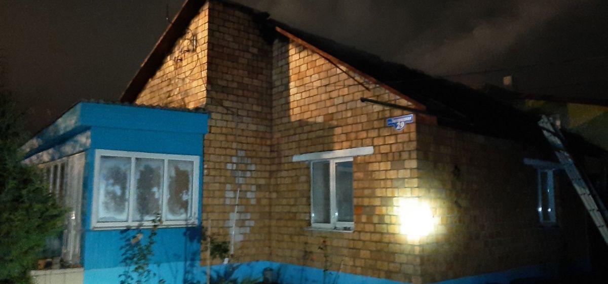 Ночной пожар произошел в жилом доме на улице Загородной в Барановичах