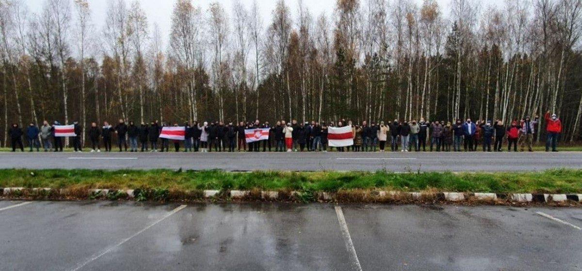 45 бастующих работников «Беларуськалия» судят в Барановичах