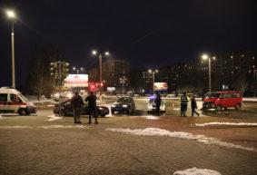 «БМВ» развернуло и отбросило на тротуар в результате ДТП в Барановичах