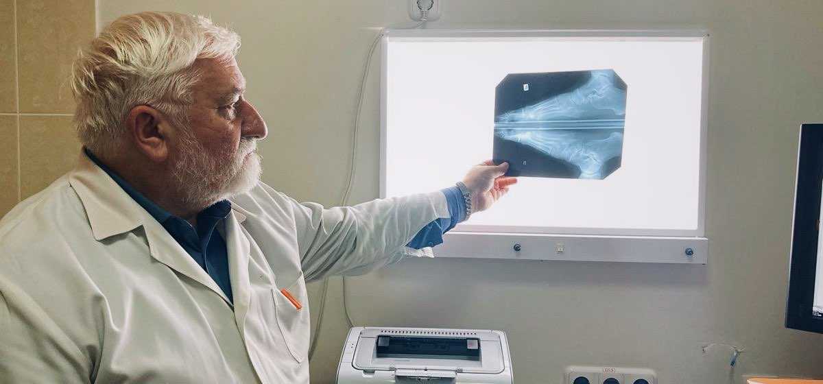 Владимир Златогуре - рентгенолог в Барановичской городской поликлинике №3. Фото: Диана КОСЯКИНА