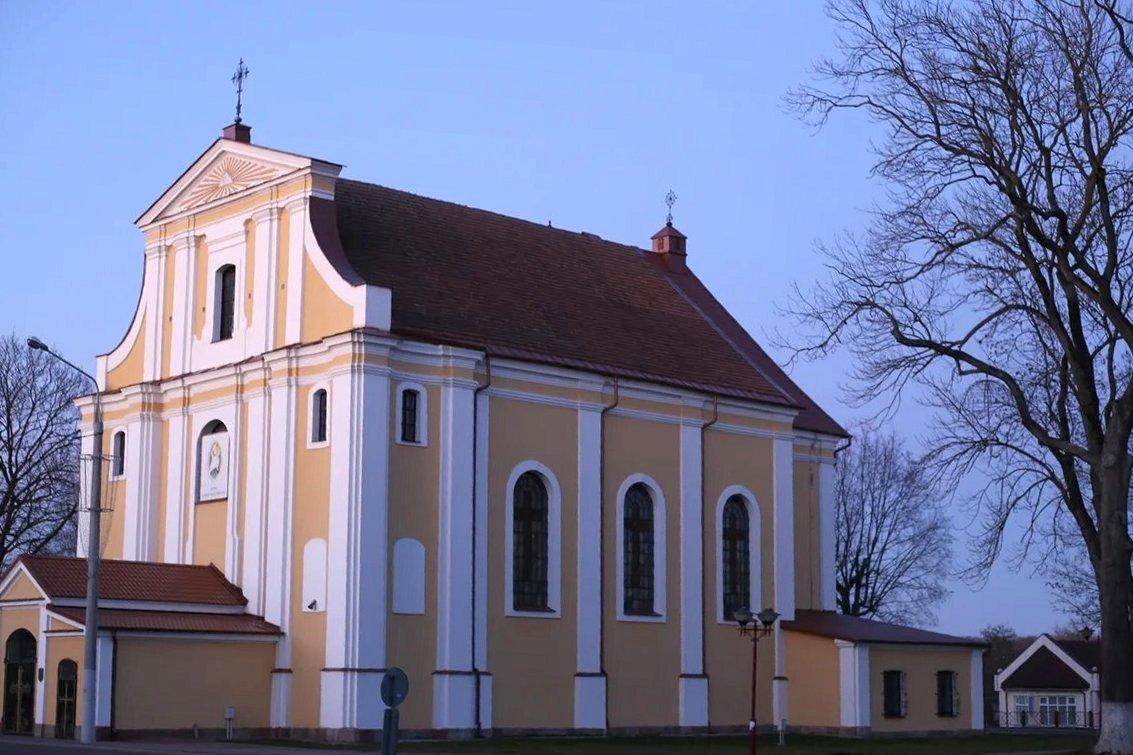 Костел Воздвижения Святого Креста в Лиде. Фото: Никита ПАСТУХОВ