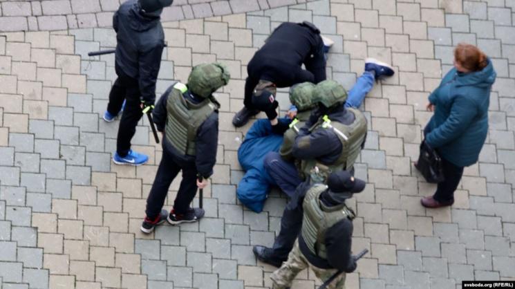 Политолог: Пять причин, почему власть сделала ставку на насилие