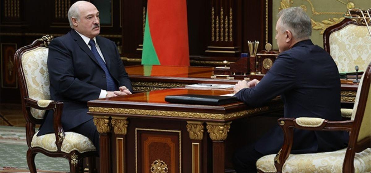 «Не знаю, как меня врачи поняли». Лукашенко снова высказался об уезжающих на работу в Польшу медиках