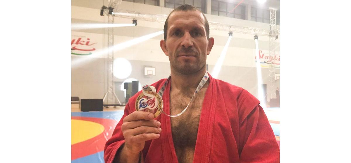 Барановичский пожарный стал чемпионом мира по самбо