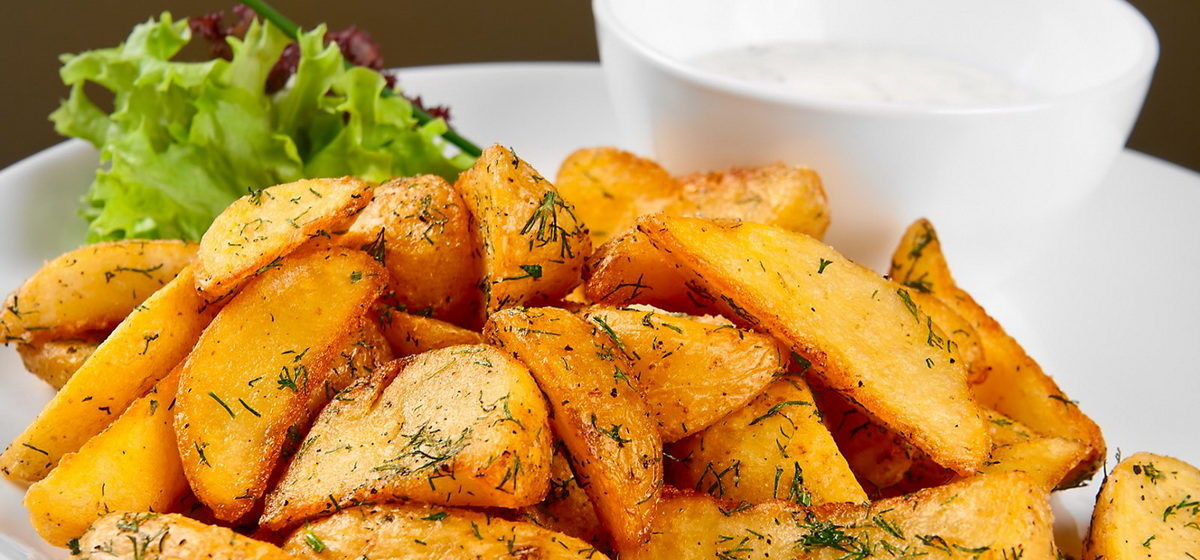 Вкусно и просто. Золотистая картошка в духовке