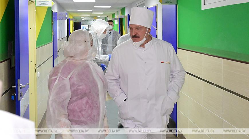 От «коронавирусного психоза» до «контролируемой ситуации». Как менялась риторика Лукашенко по ходу пандемии COVID-19