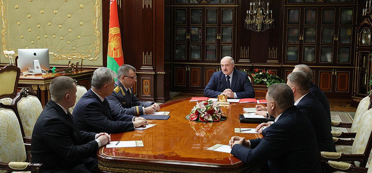 Лукашенко провел кадровые перестановки на таможне, в министерствах и местной вертикали