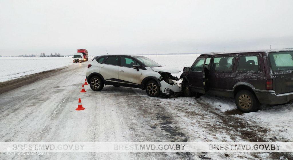 Подробности ДТП под Барановичами, в котором пострадали люди, рассказали в МВД