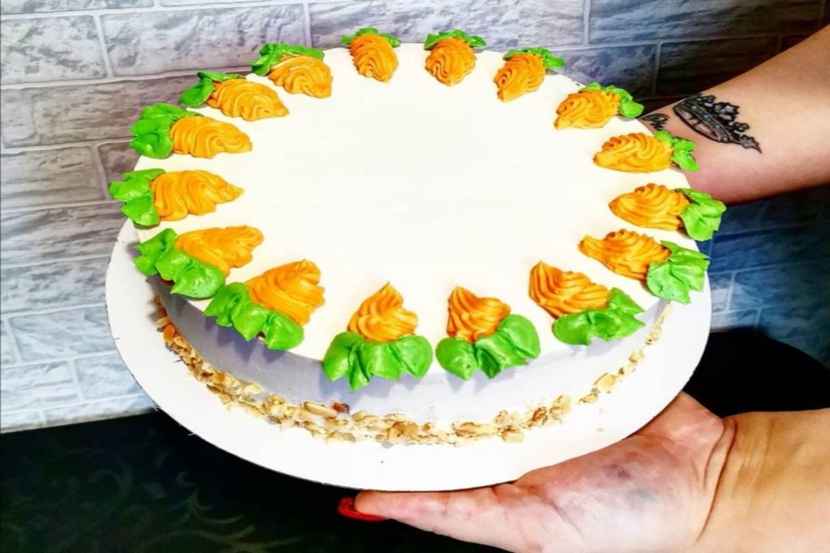 Торт для кофейни. Фото: архи Марии БОЛТУТЬ