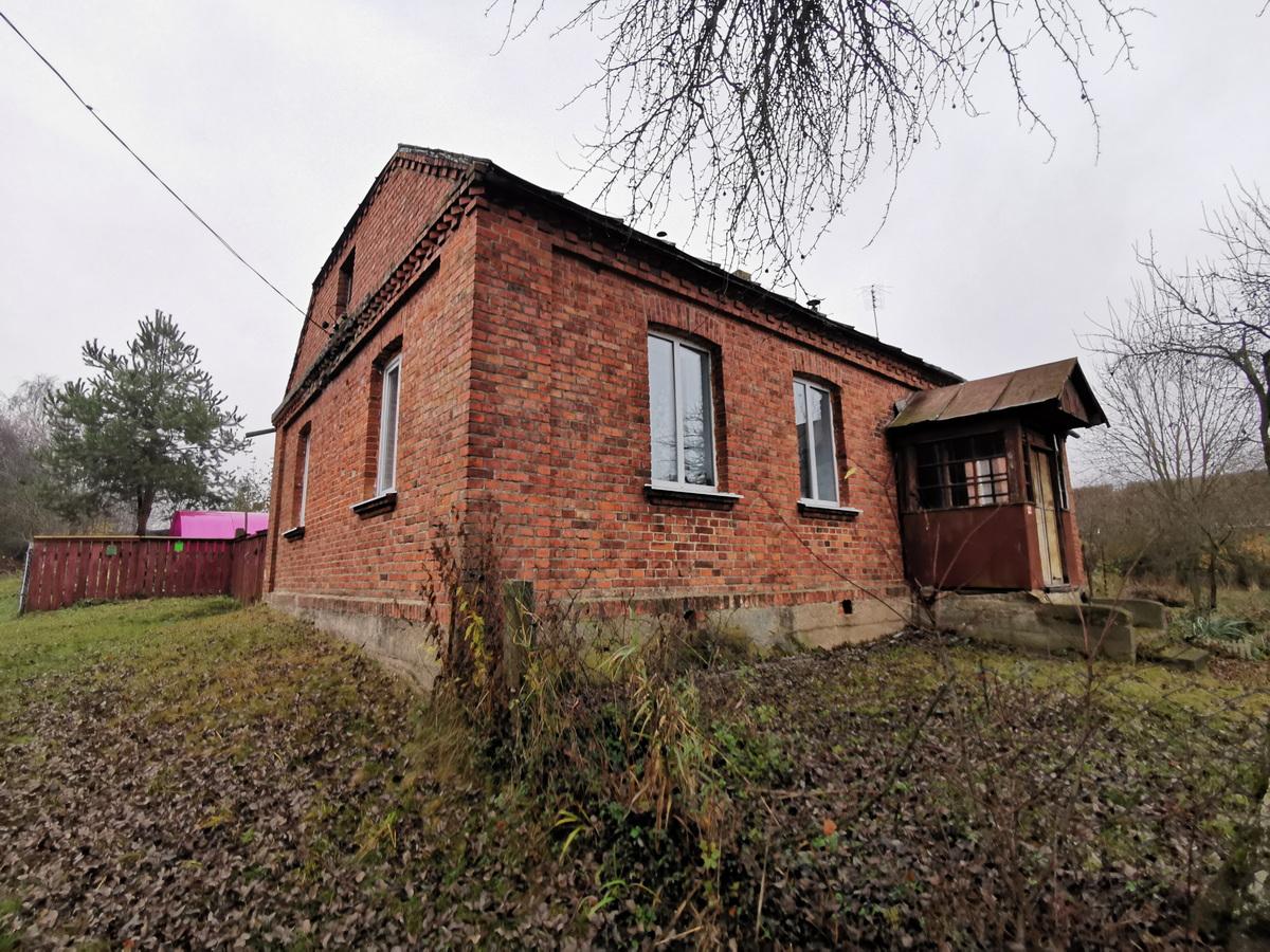 Здание, где были обнаружены кирпичи с клеймом. Фото: Виктор БОРИСЕВИЧ