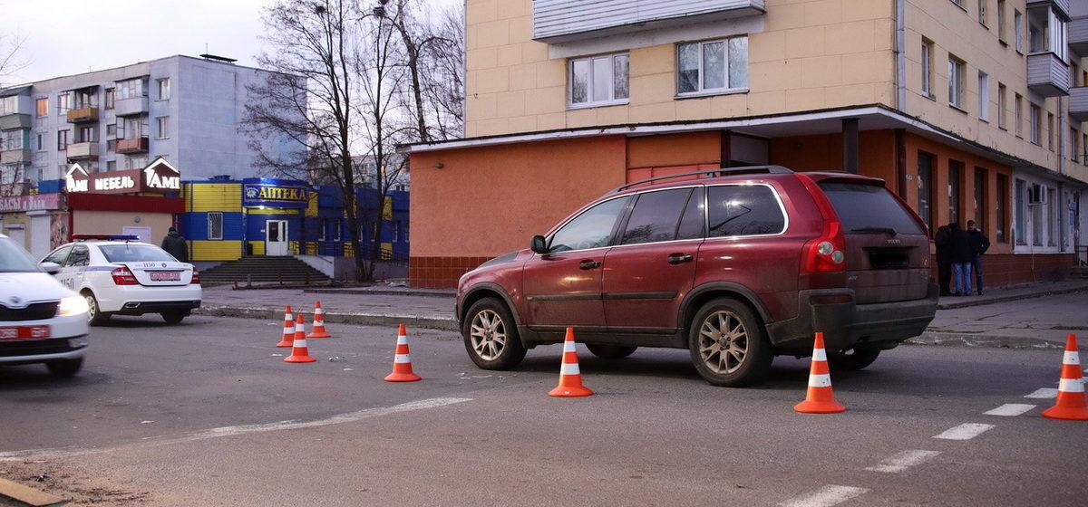 В МВД рассказали подробности ДТП в Барановичах, в котором авто сбило женщину с ребенком