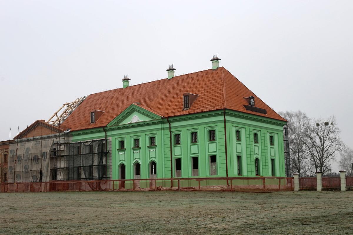 Реконструкция в Ружанском дворце. Фото: Никита ПАСТУХОВ