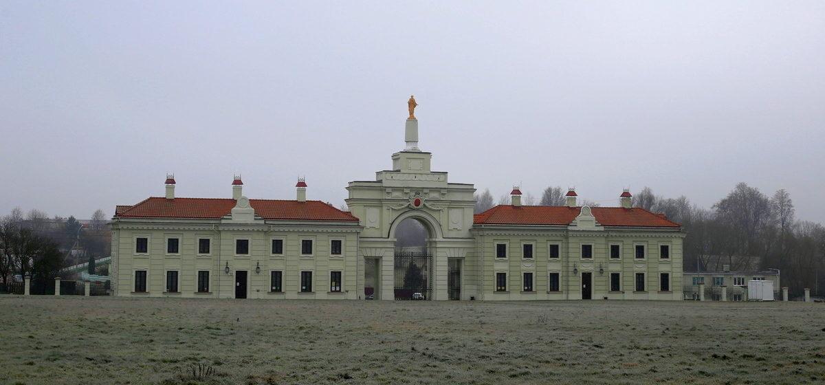 Путешествия одного дня: полуразрушенный «Версаль ВКЛ» и старинные застройки – что посмотреть и чему удивиться в Ружанах