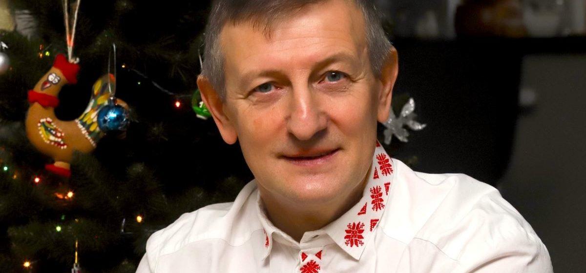 Романчук: Главная проблема Беларуси – изваяние фальшивых божков из людей, которые даже на руководство колхоза не годятся