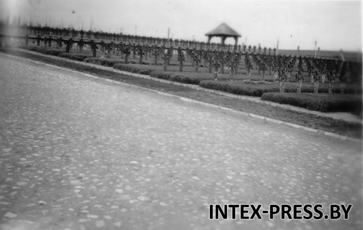 Барановичи. Дорога из камня на кладбище в Северном, 1943 год. Фото: Instagram @baranavichy_