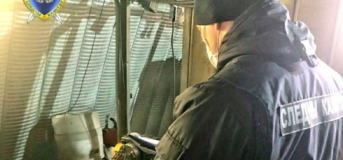 Электрогазосварщика затянуло в станок в Минском районе. Мужчина погиб