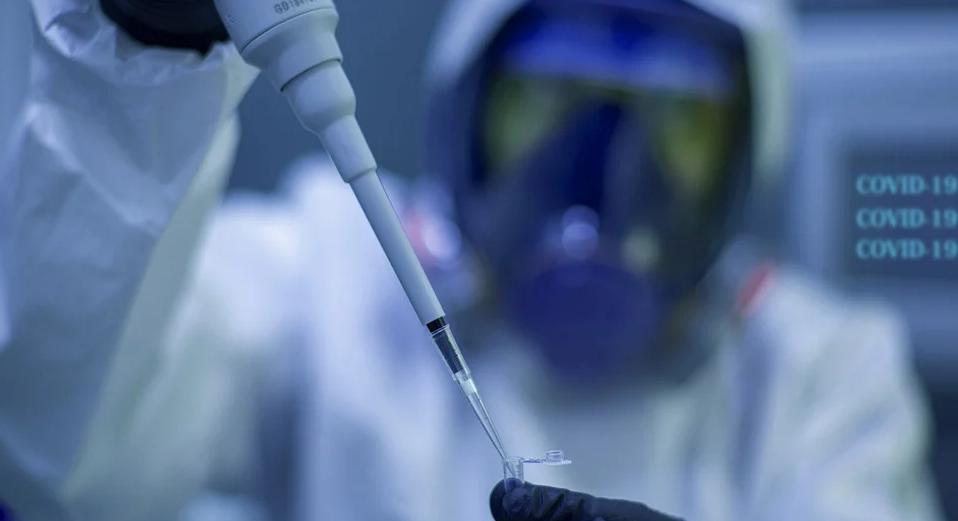 Фармацевт, специально испортивший 500 доз вакцины от коронавируса, рассказал, зачем он это сделал