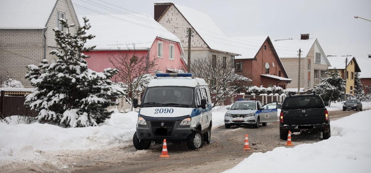 Nissan и милицейский «ГАЗ» столкнулись в Барановичах