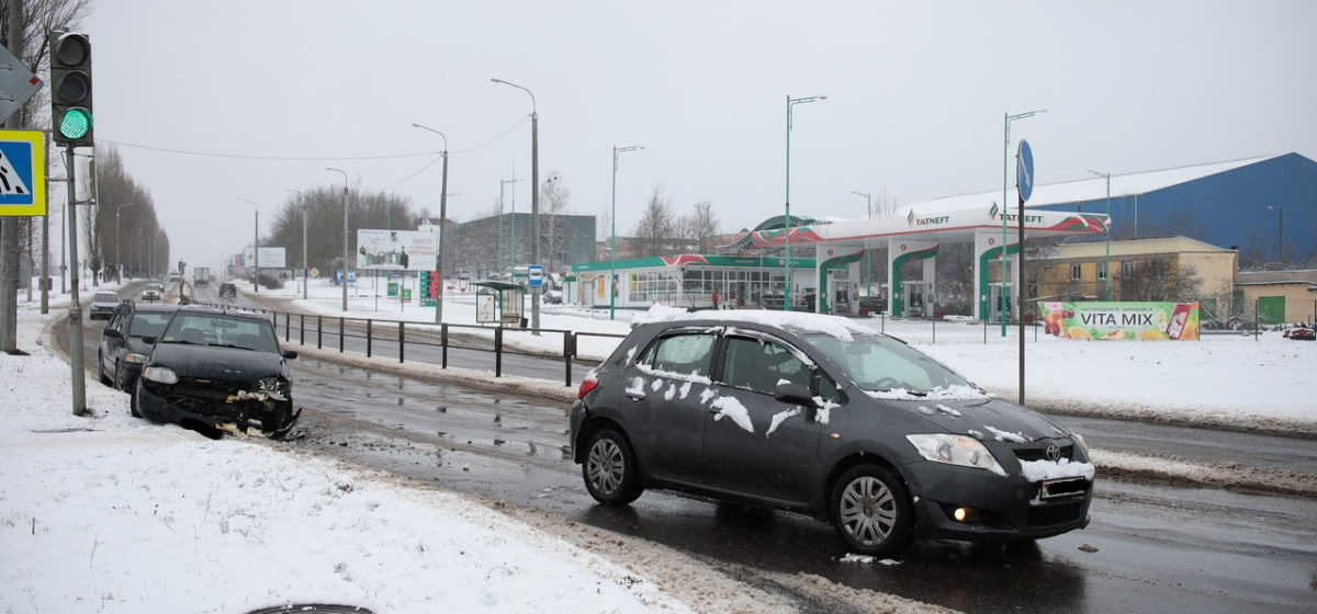 «Форд» догнал «Тойоту» в Барановичах