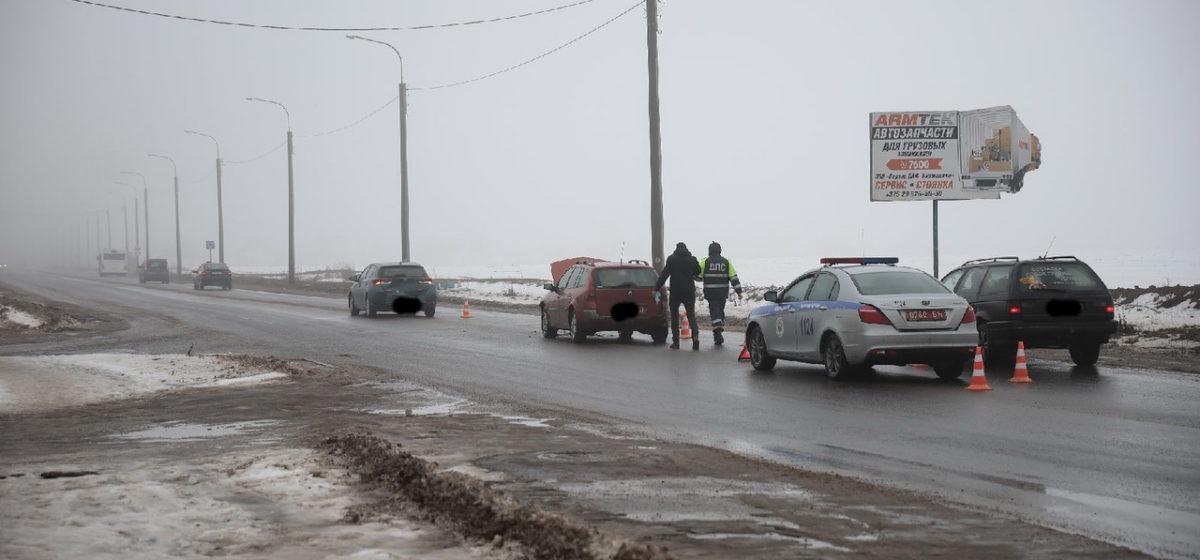 «Рено» и «Тойота» столкнулись в Барановичах