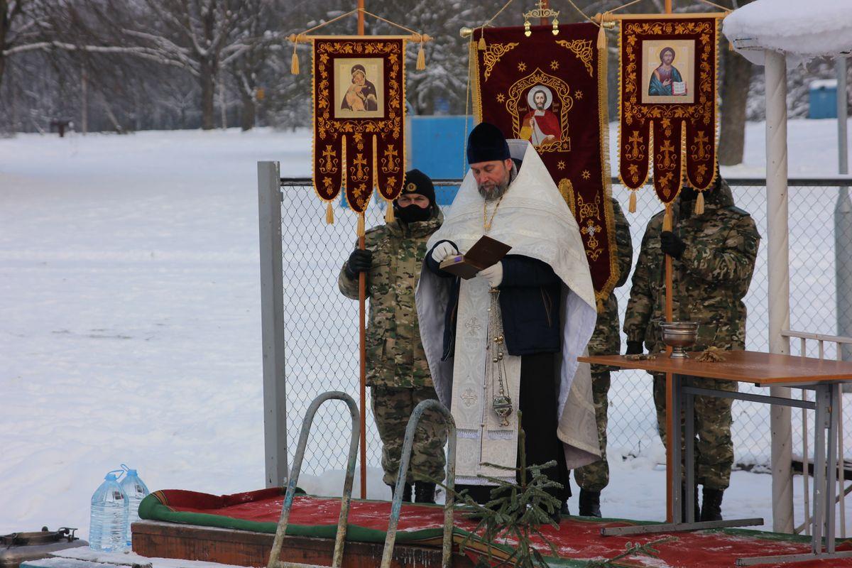 Протоиерей Свято-Покровского собора Анатолий Пашкевич. Фото: Никита ПЕТРОВСКИЙ