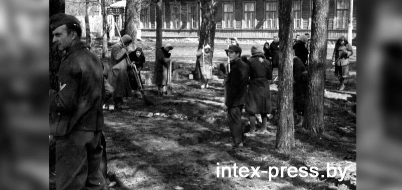 Еврейские женщины на принудительных работах в Барановичах, 1942. Источник Мемориальный музей холокоста США