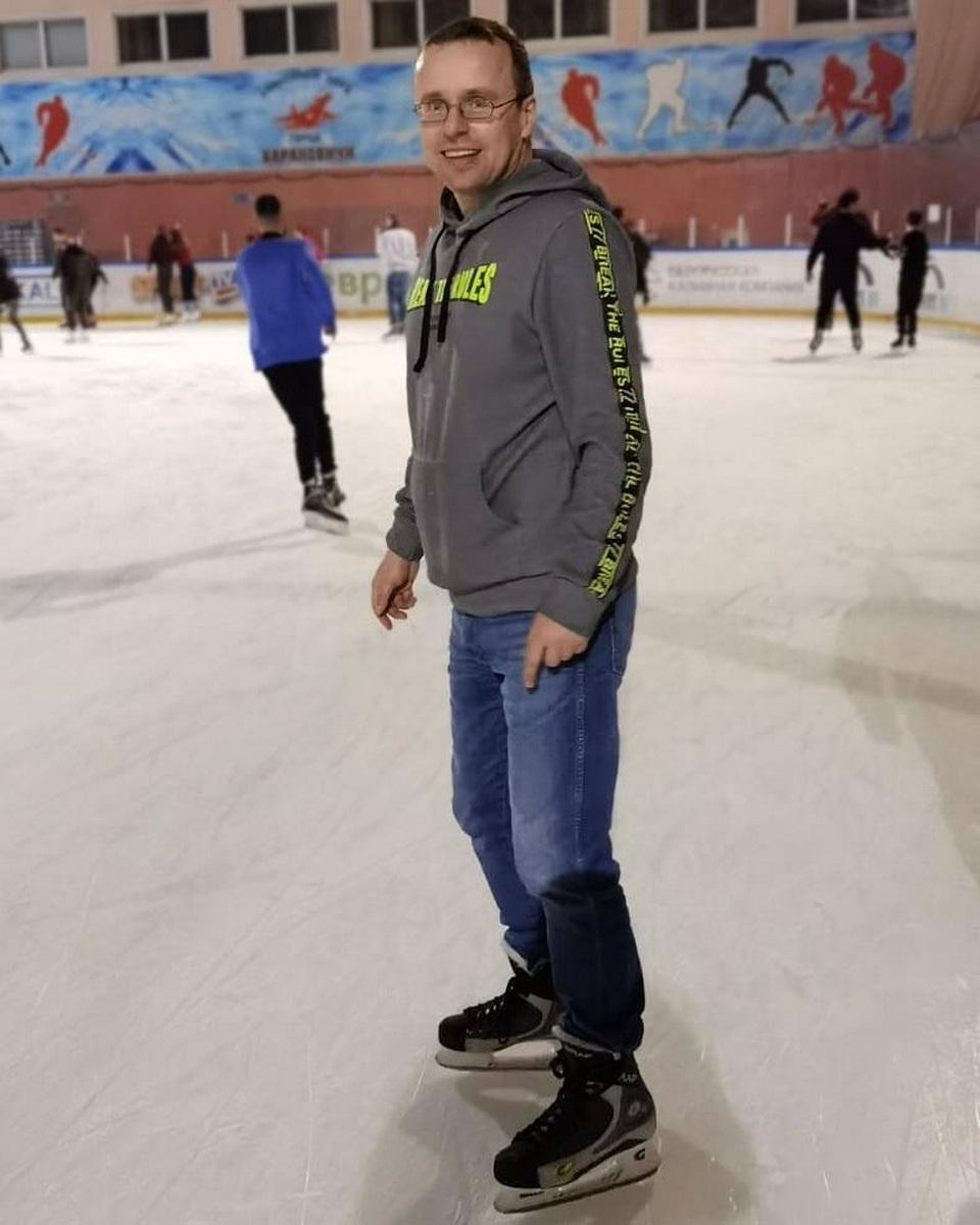 Алексей Томашевский в Барановичском ледовом дворце, 23 января. Фото: Вадим ЗАХАРЕНКО