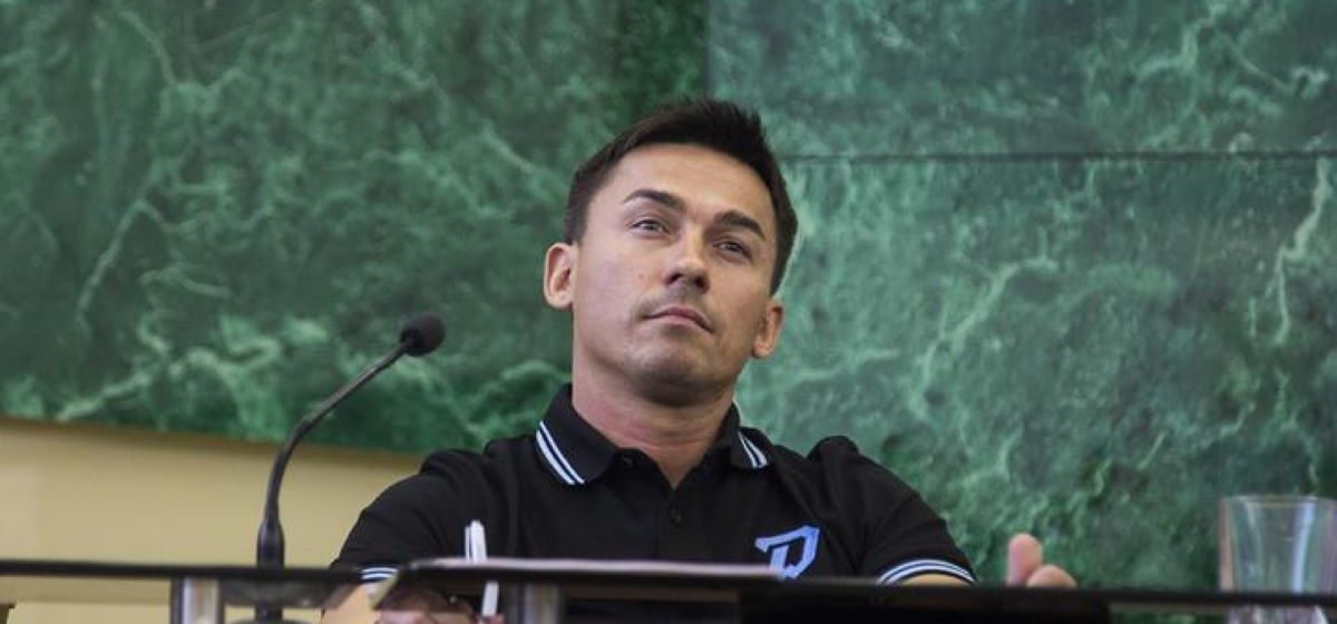 Ради проведения чемпионата власти пообещали IIHF показать результаты проверки по смерти Бондаренко. Родные: «Это лицемерие»