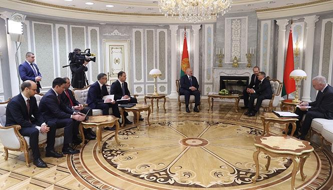 Лукашенко главе Международной хоккейной федерации: «Меня хотят обвинить в том, что я защищаю свою страну и своих людей»