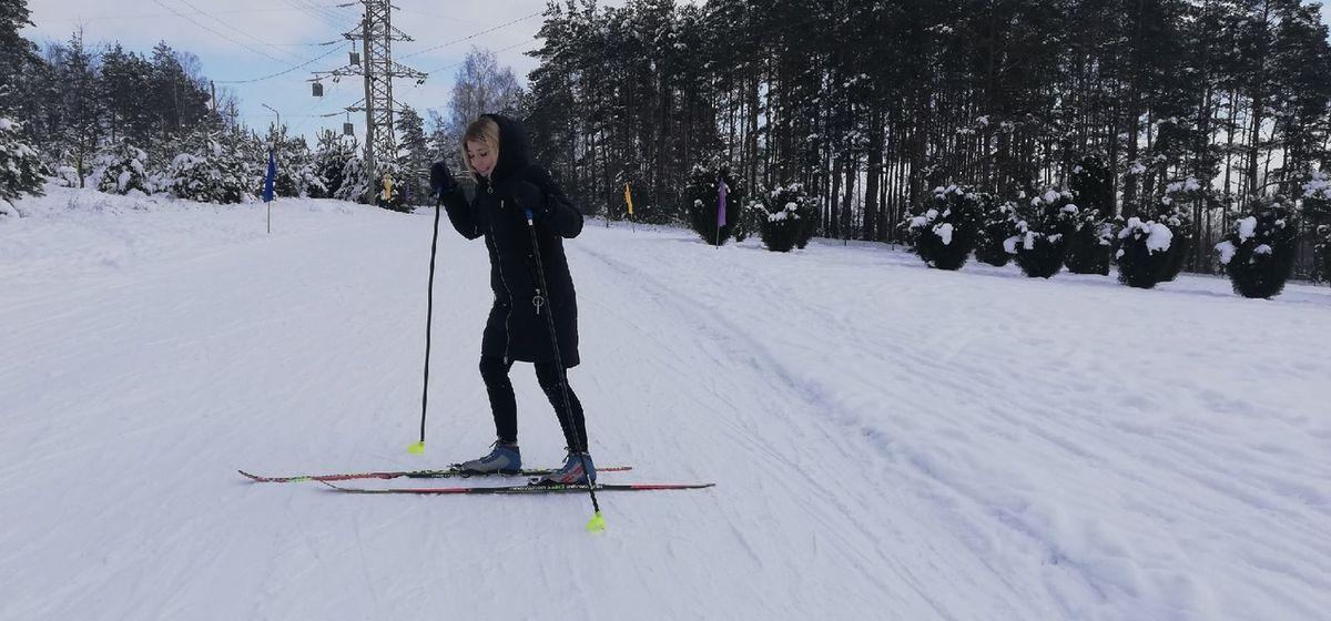 Корреспондент Intex-press Кристина Собинская на лыжероллерной трассе около Мира. Фото: Intex-press