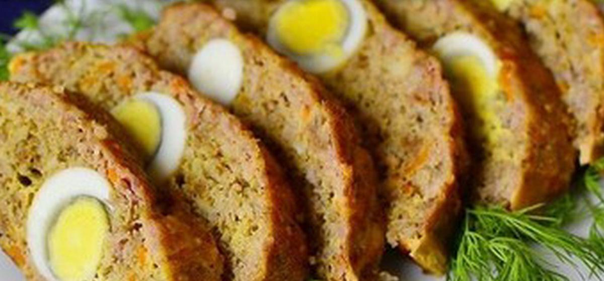 Вкусно и просто. Мясной рулет из фарша с яйцом