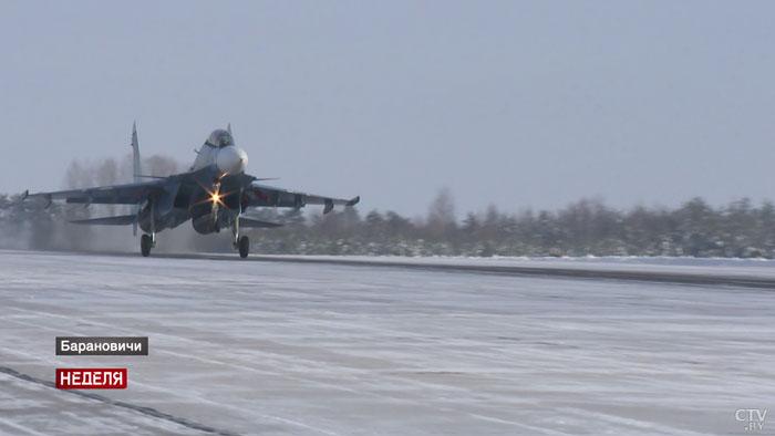 Как барановичские пилоты осваивали новые Су-30