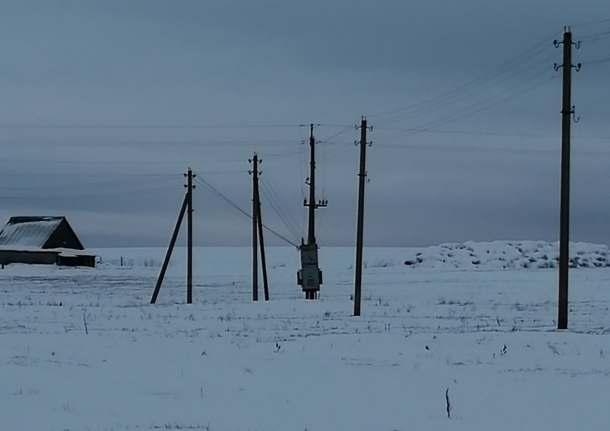 Трансформаторная подстанция в деревне Свираны. Фото: читатель Intex-press