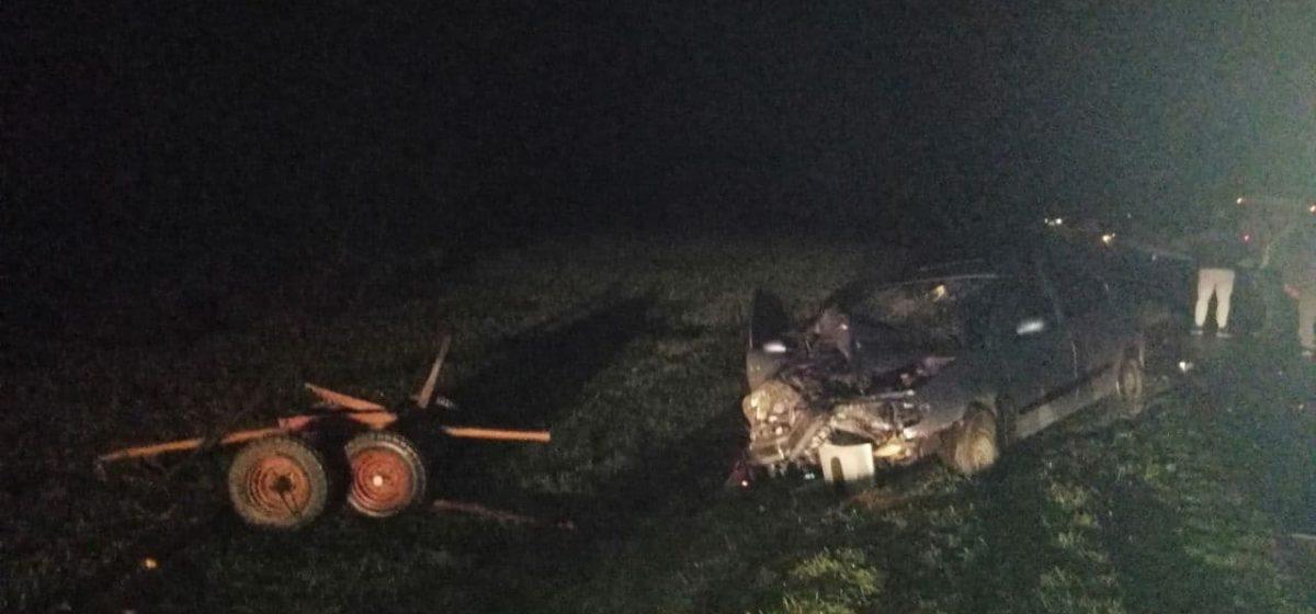 Автомобиль «Рено» влетел в гужевую повозку в Щучинском районе — 20-летний возчик в коме