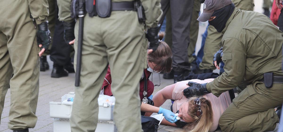 «На выход! Вы, животные». Правозащитники опубликовали доклад о пытках в отношении белорусских женщин