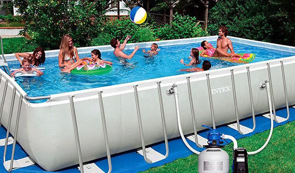 Какой бассейн выбрать: каркасный или классический?