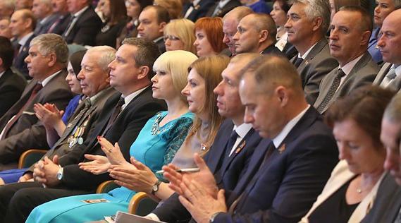 Главное за 10 февраля: много ДТП из-за скользких дорог, и что в программе Всебелорусского народного собрания