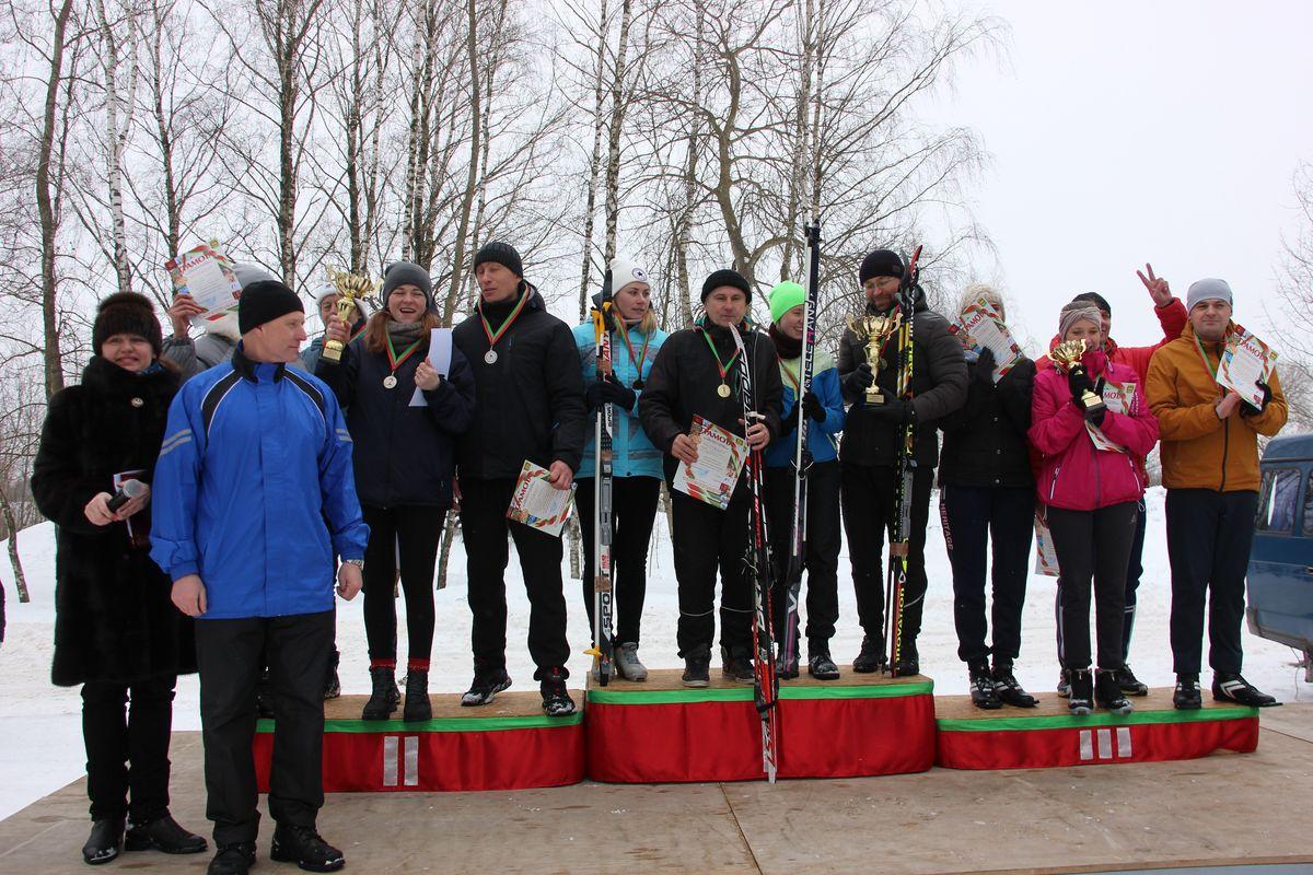 """Победители и призеры """"Барановичской лыжни – 2021"""". Фото: Никита ПЕТРОВСКИЙ"""