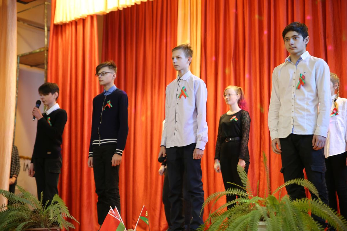 Учащиеся средней школы №19. Фото: Никита ПЕТРОВСКИЙ
