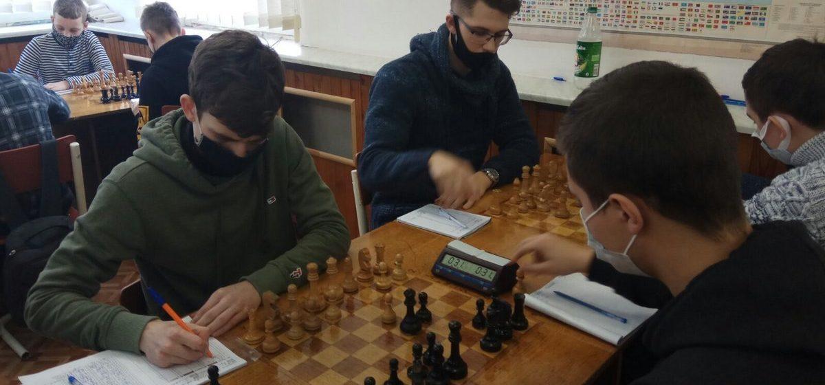 Право выступить на республиканском турнире завоевали шестеро юных барановичских шахматистов. Кто они?