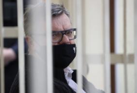 Стало известно, кем в колонии в Новополоцке работает Виктор Бабарико
