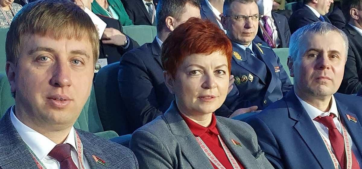 Как депутаты из Барановичей принимают участие во Всебелорусском собрании. Фото из соцсетей