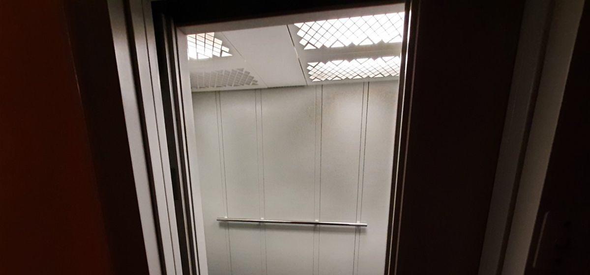 Сколько лифтов заменили в Барановичах с начала года