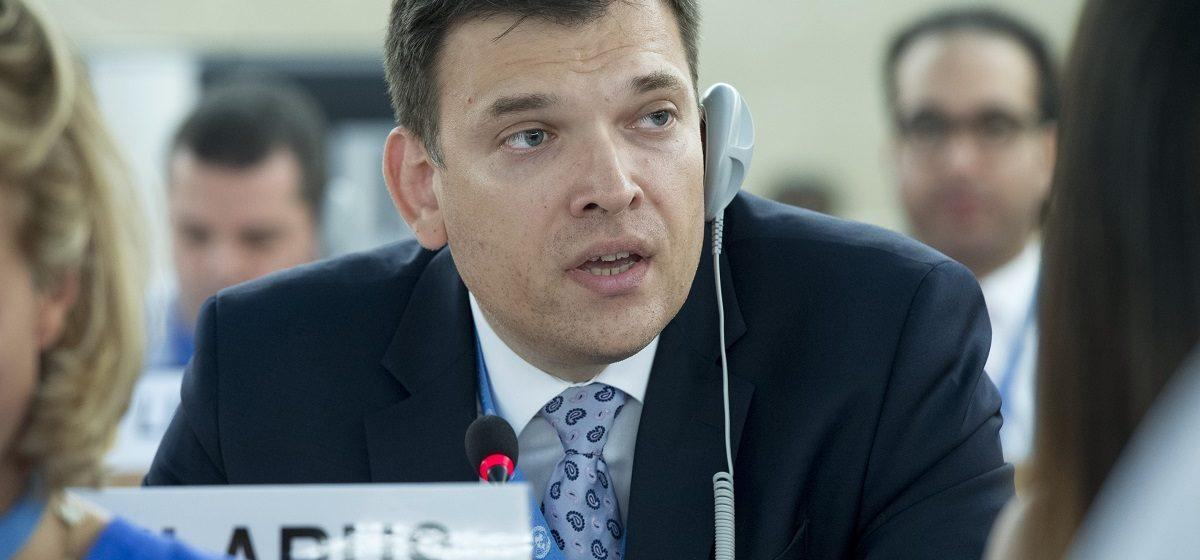 Представитель Беларуси в ООН: 100, максимум 200 человек протестующих на двухмиллионное население столицы