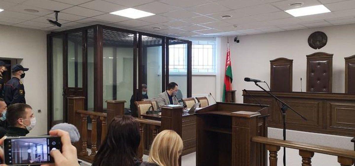Прокурор выступил по делу о выстреле в Бресте: Кордюкову просит 10 лет, покойного Шутова тоже признать виновным