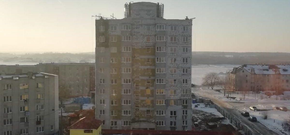 Когда закончится строительство десятиэтажки на улице Репина в Барановичах. Фото
