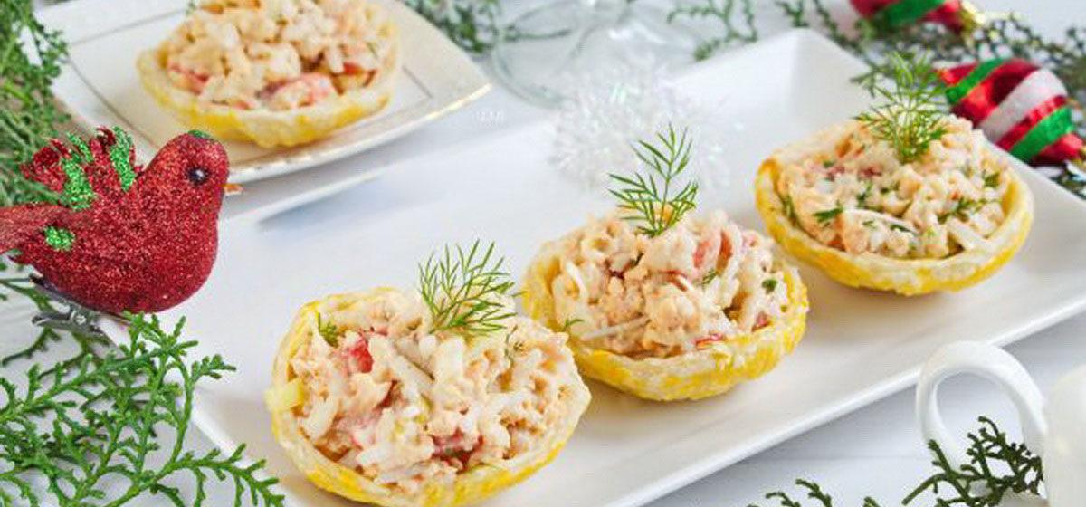 Вкусно и просто. Рыбный салат в съедобных тарелочках