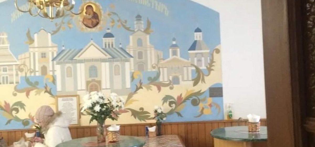 Работы авторства Романа Бондаренко и табличку с его именем обнаружили в Жировичском монастыре