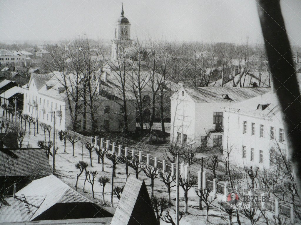 1985 год. Вид на Свято-Покровский собор с колеса обозрения. Фото: сайт 1871.by
