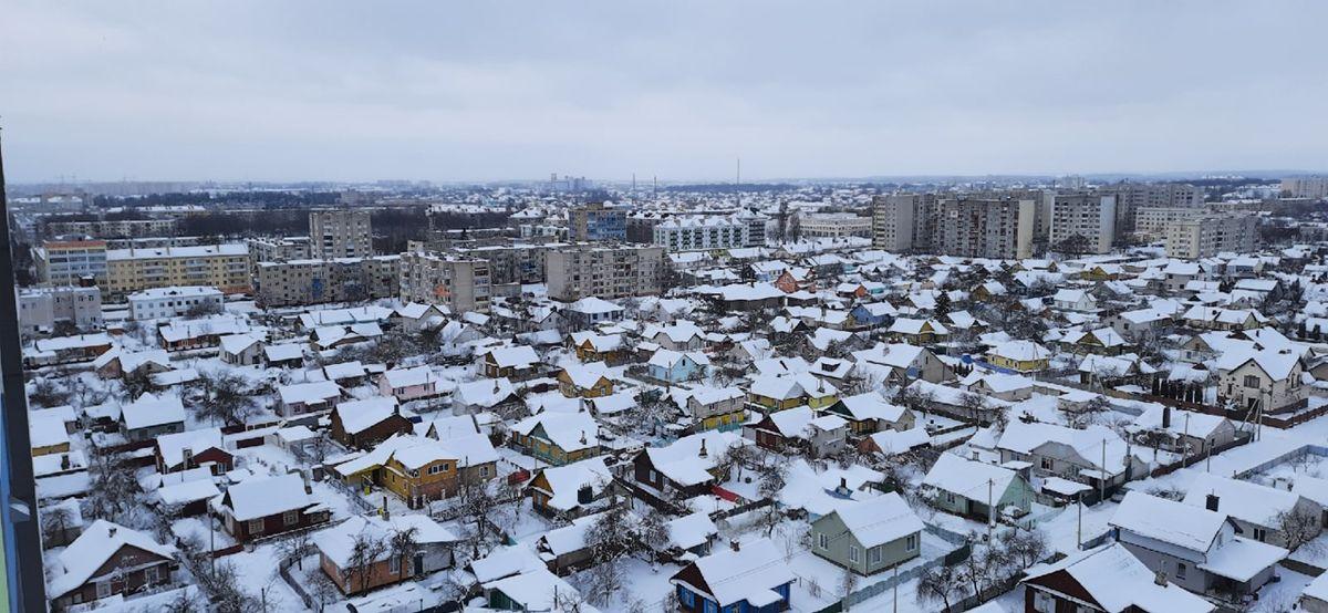«Дух захватывает». Как выглядят Барановичи из окон самого высокого здания в городе. Фото, видео